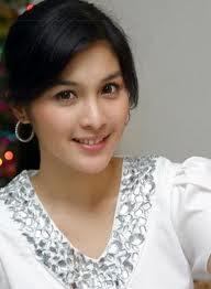 Sandra Dewi - Sinetron Cahaya Cinta