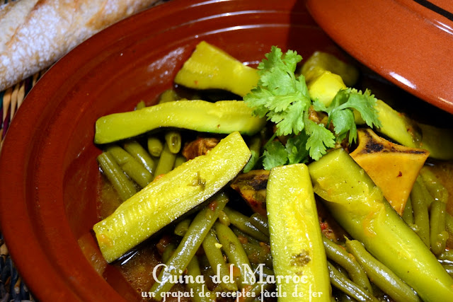Tagin de mongeta verda i carbassó