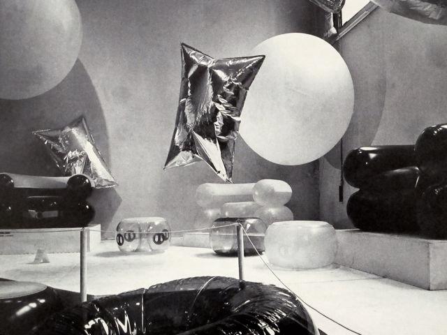 de pas, d'urbino, lomazzi, scolari, quentin, warhol gonfiables, balloons installation, wharol balloons