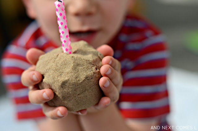 Cupcake pretend play idea for toddlers and preschoolers using kinetic sand from And Next Comes L