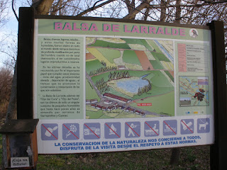 Cartel Balsa de Larralde Garrapinillos Zaragoza