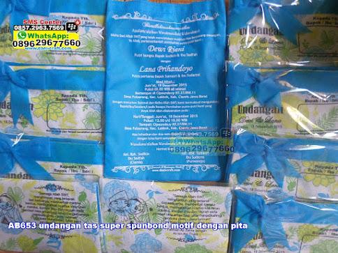 undangan tas super spunbond motif dengan pita unik