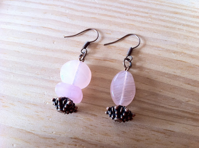 nr020-mismatched-non-identical-earrings