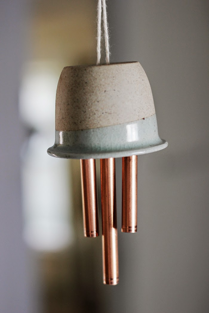 Diy ceramic copper wind chimes poppytalk for Homemade chimes