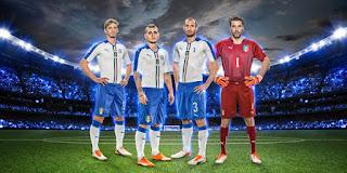 berita bocoran jersey euro 2016 di enkosa sport Buffon dkk memakai jersey terbaru Italia Euro 2016