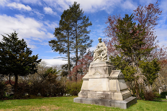 Monument at Sleepy Hollow Cemetery