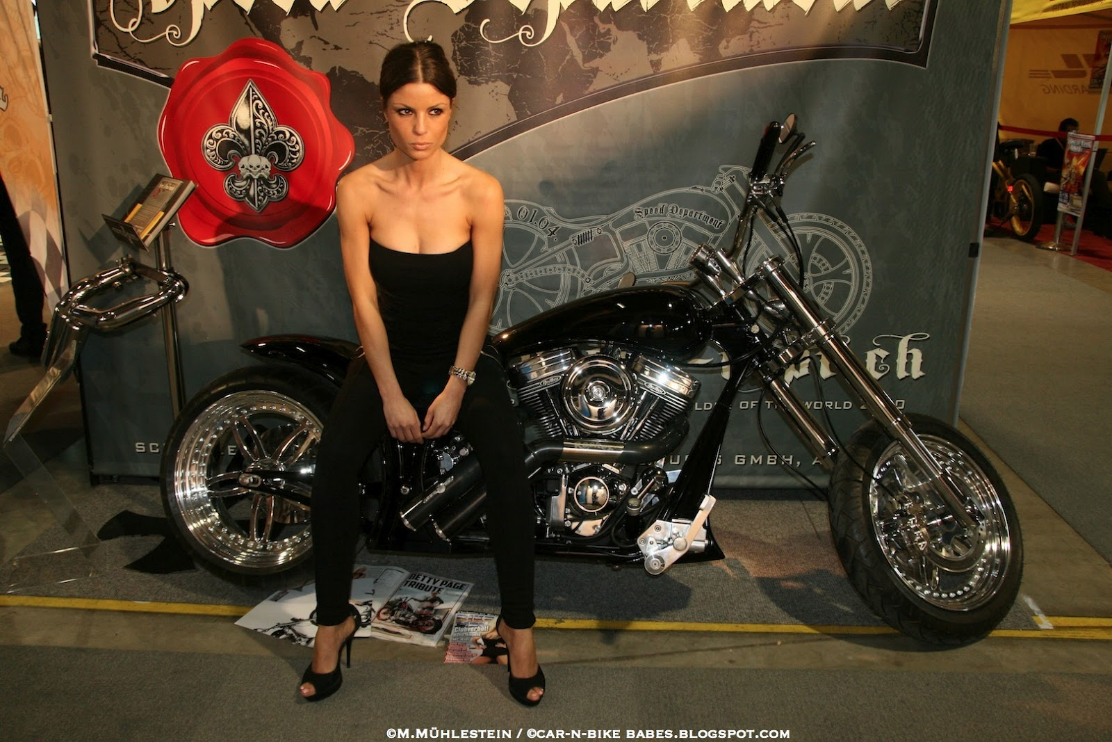 harley davidson and nude beauty