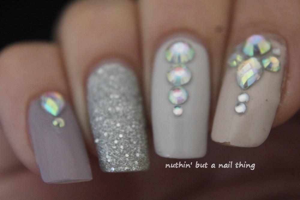 Easy Blingy Nail Art