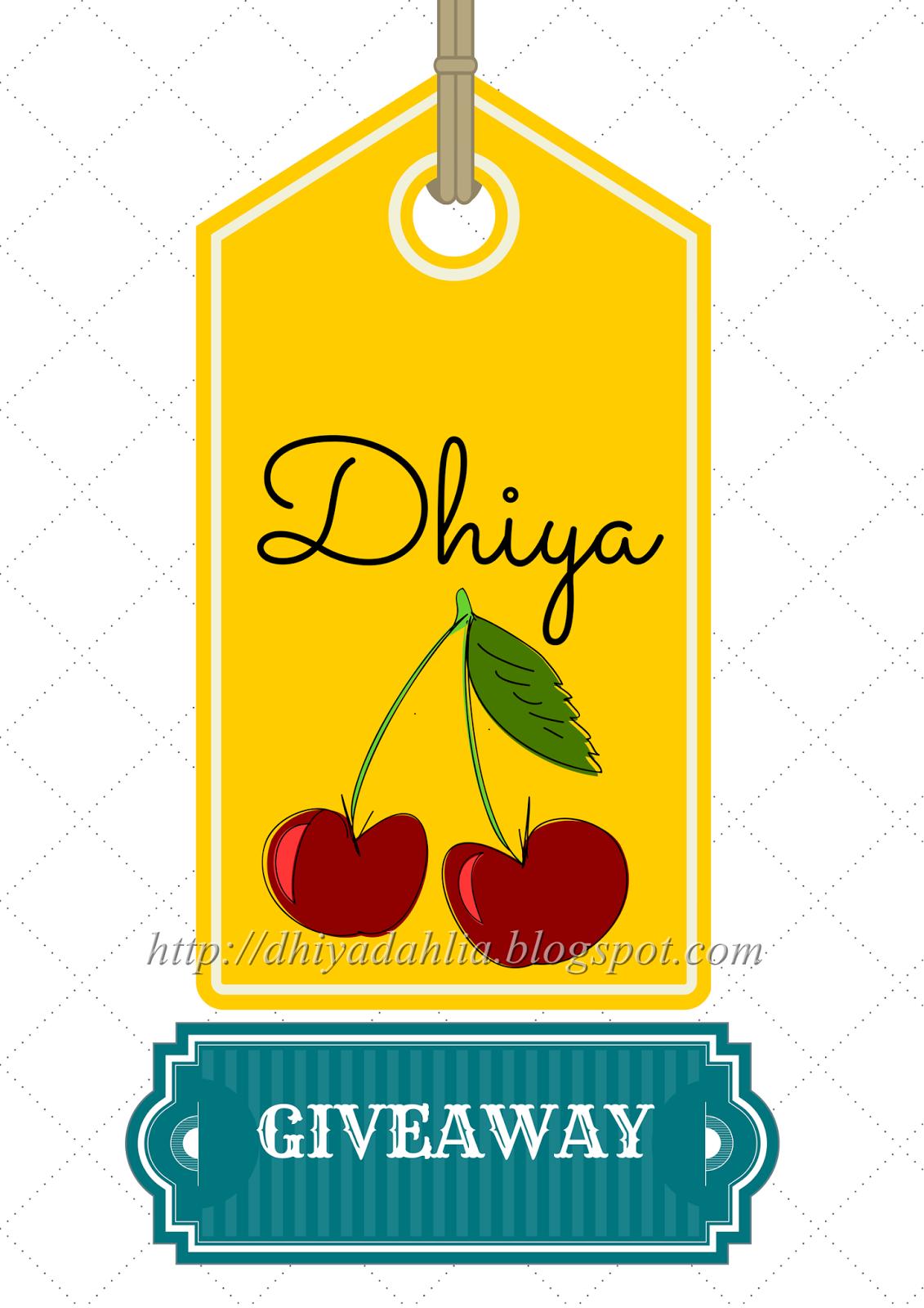 http://secebiscoretanqalbi.blogspot.com/2014/08/dhiyas-first-giveaway.html