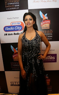 Actress Vimala Raman Pictures at Kingfisher Ultra Hyderabad International Fashion Week 2014 Ramp walk 35