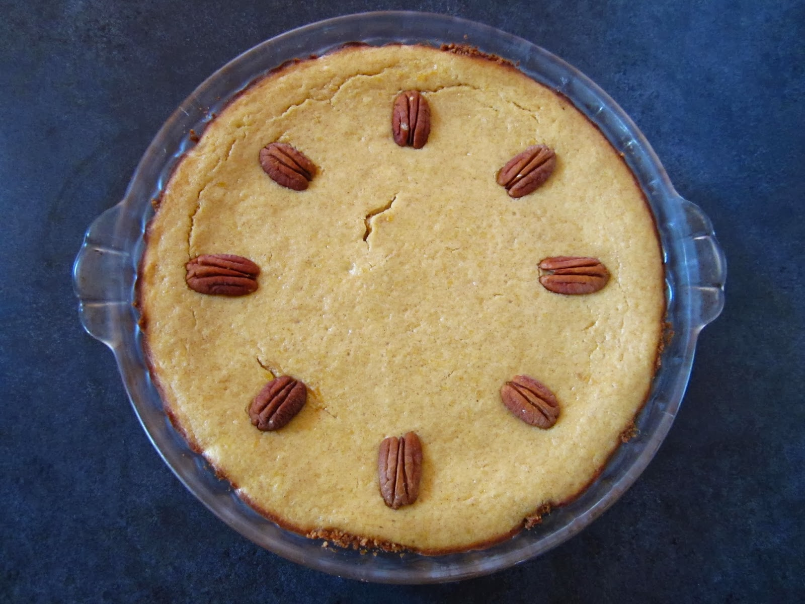 Cold Hands Warm Earth: Pumpkin Cheesecake Pie with Ginger ...
