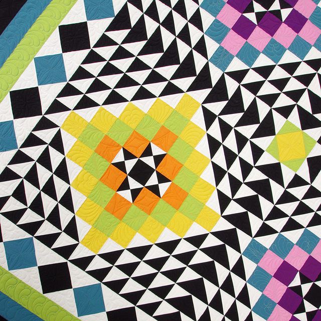 Oakshott Kaleidoscope Quilt | Red Pepper Quilts