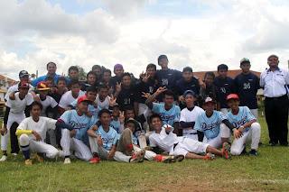 Kejohanan Sofbol MSS Sibu 2013 - SMK Luar Bandar Sibu dan SMK Sibu Jaya