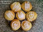 Kókuszos keksz recept, tejmentes sütemény, cukormázzal és kókuszreszelékkel.