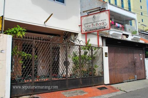 Susan Budihardjo Semarang