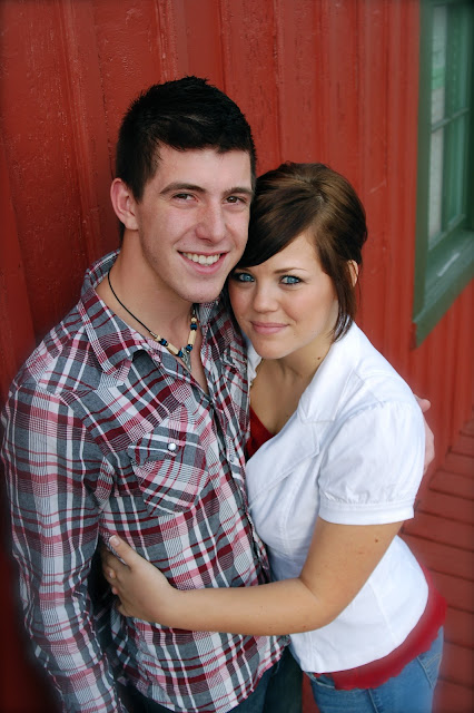 marriage, engagement poses, engagement pictures, barn pictures,