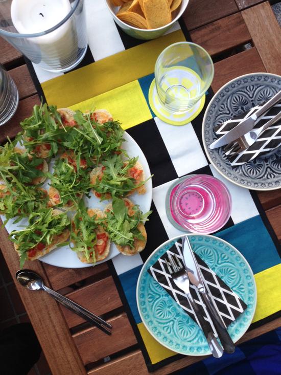 binedoro Blog, Mädelsabend, Parmaschinken-Rucola-Brötchen, Freundschaft, Food, backen, kochen, Rezept, Aus dem Leben