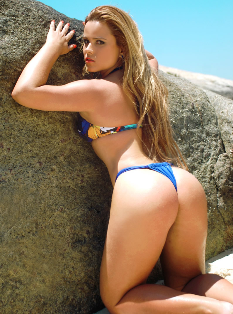 Bikini bikini zshare