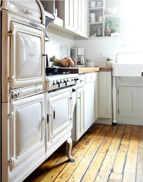 Shabby chic kitchen decor | Daily Dream Decor