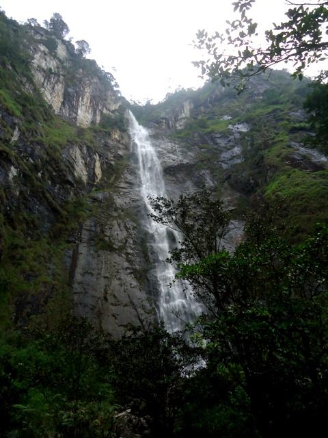 Sambabo Waterfall