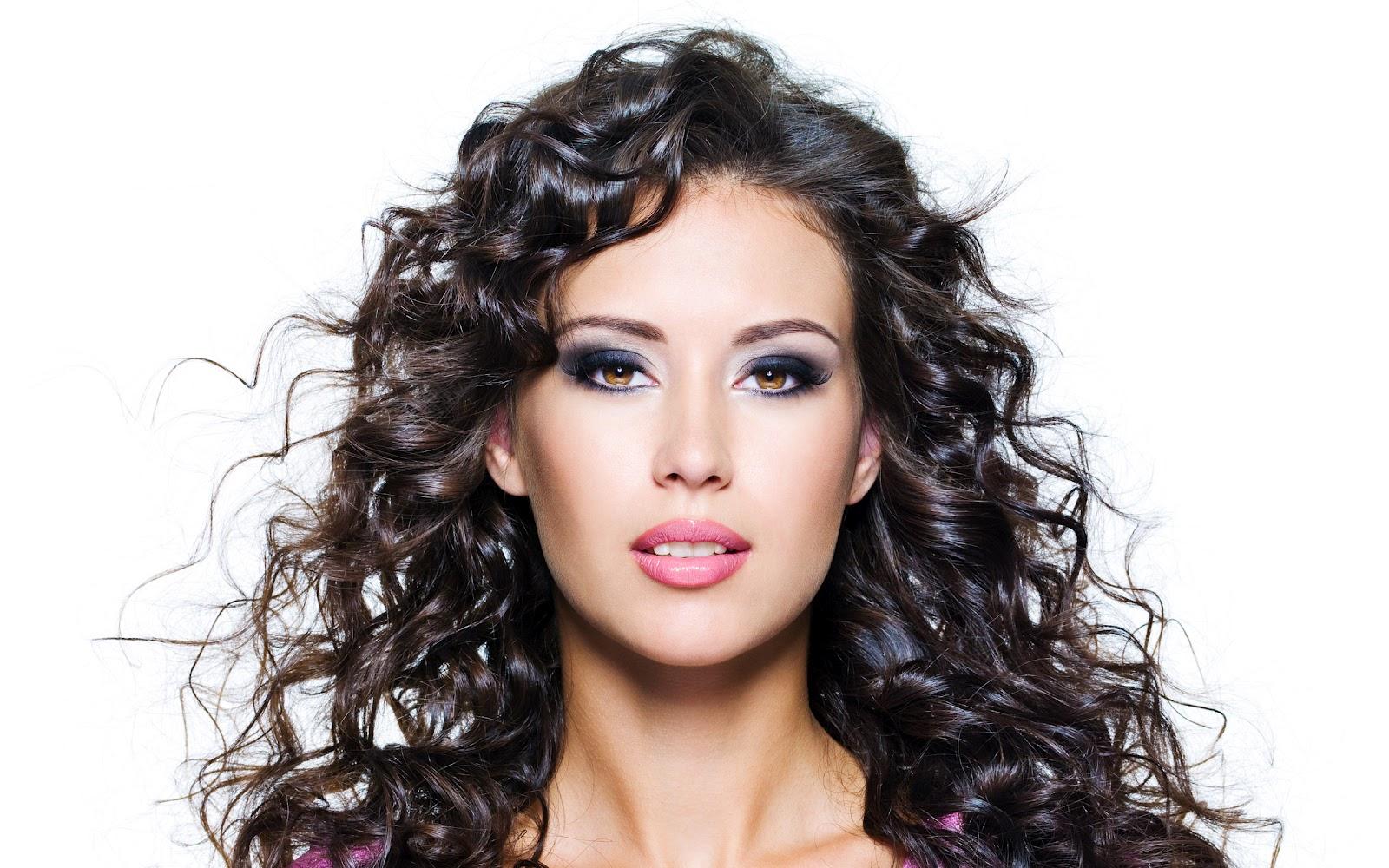 http://1.bp.blogspot.com/-Ay6gzV15VZM/UCM3QoYi_cI/AAAAAAAAFR8/lbGGXMun4lU/s1600/Hair+Style16.jpg