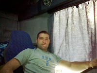 Baiat 25 ani, Berceni Bucuresti, id mess razvan.marin88