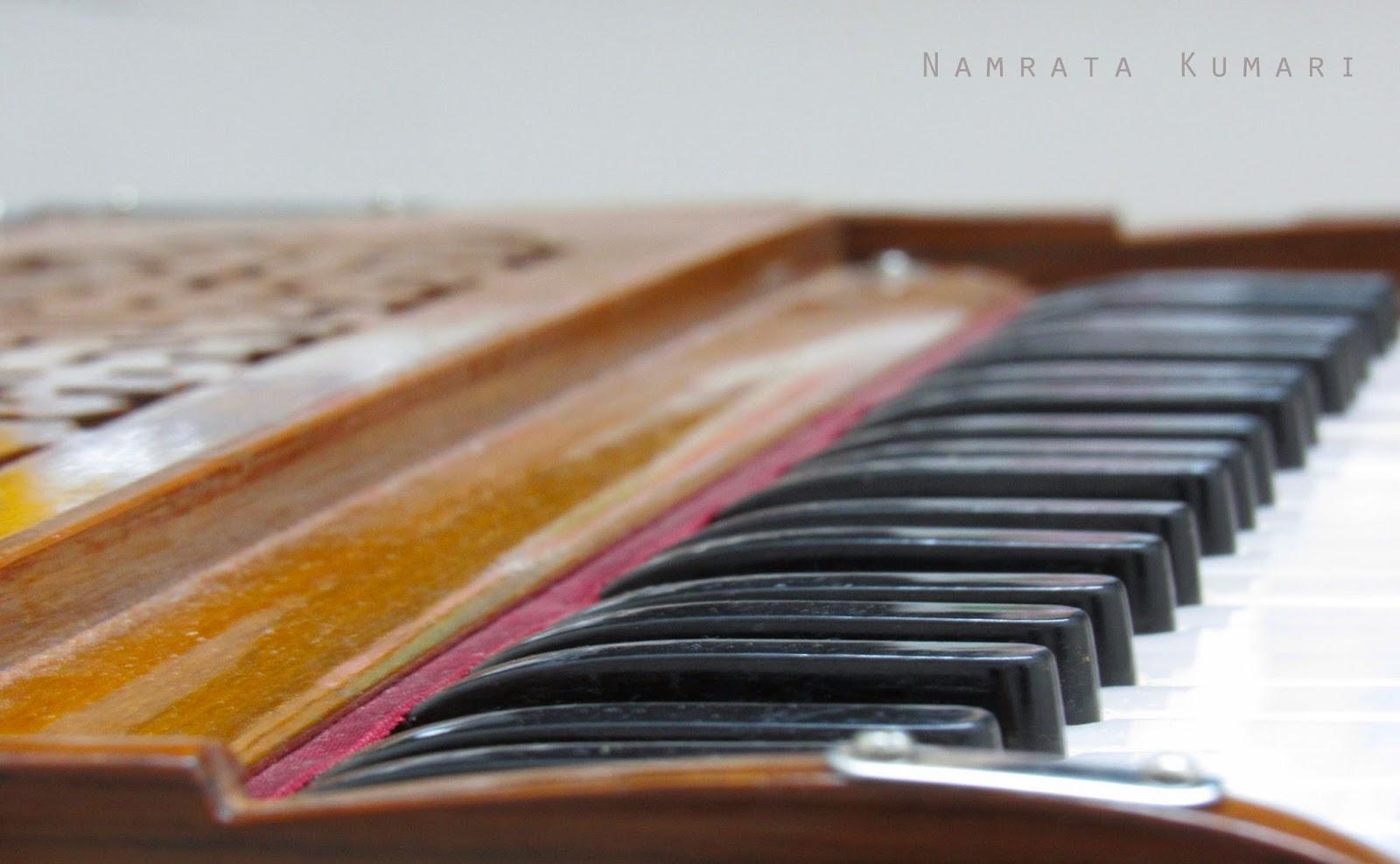harmonium, indian harmonium, music, classical music, Namrata Kumari
