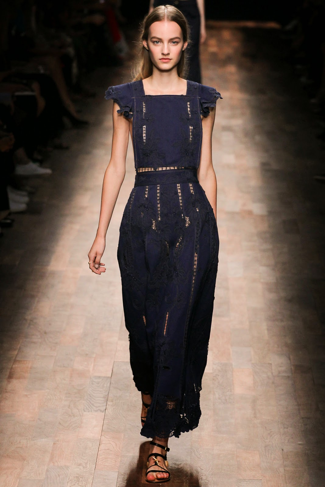 valentino 2015 summer 2016 trend women dress 5 Valentino 2015 samling, våren sommaren 2016 Valentino klänning modeller, Valentino kväll klänning nya säsongen kvinnors kjolar modeller