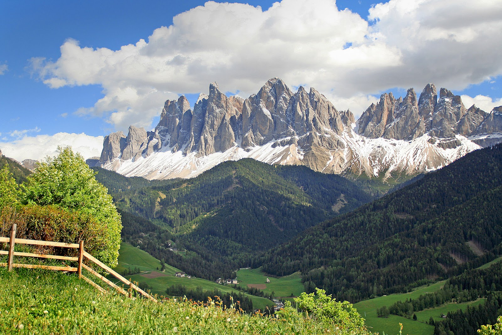 Margo berendsen tempting top tens italy for Where are the dolomites located in italy