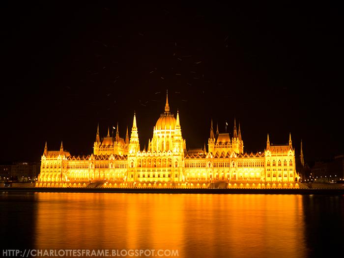Hungarian Parliament Building, Országház, Budapest at night, night photography Budapest, Night photography