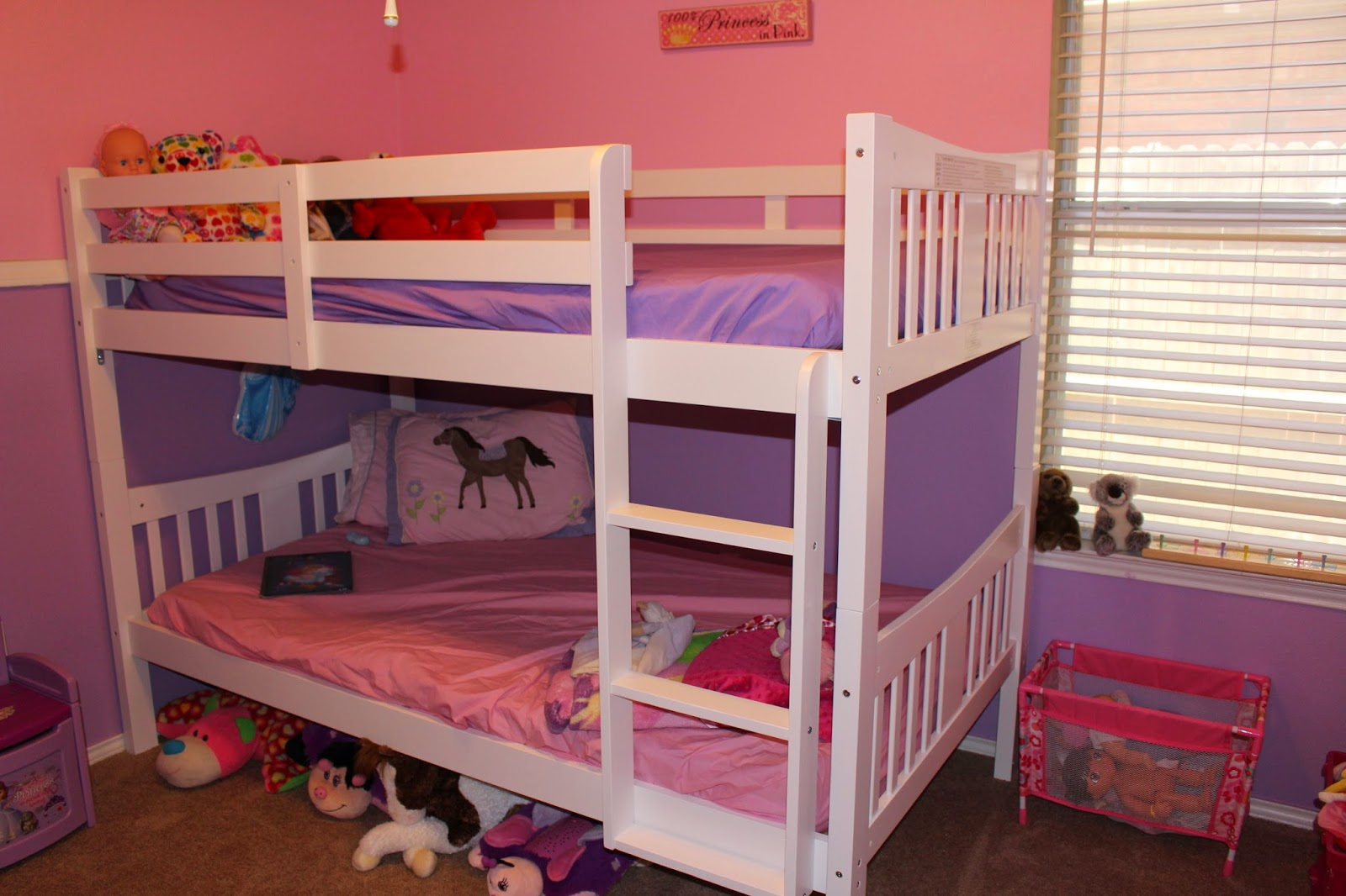 The story of three stork craft bunk bed review and giveaway for Stork craft caribou bunk bed