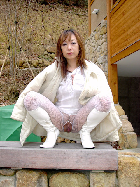 Really Elegant Japanese mature woman's skilled loose pussy, anus and dirty gang bang sex photos leaked (88pix)