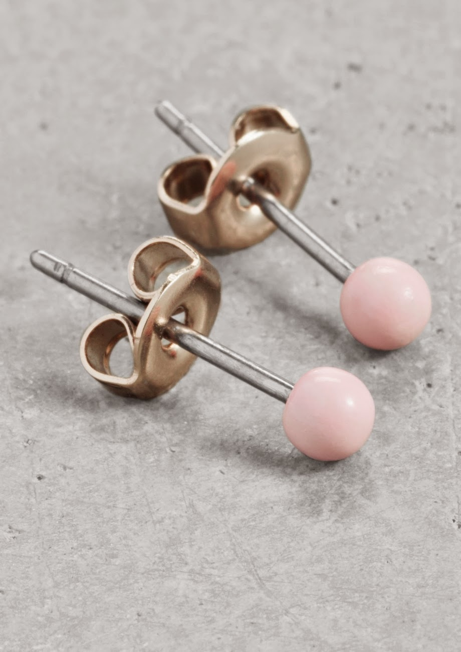 pale pink stud earrings,