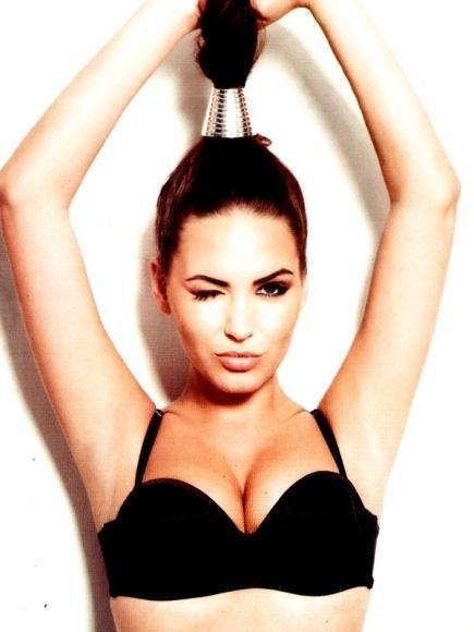 Sabine Jemeljanova desnuda para la revista ZIP ++HOT++