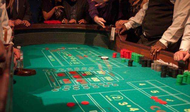 ζάρια στο καζίνο