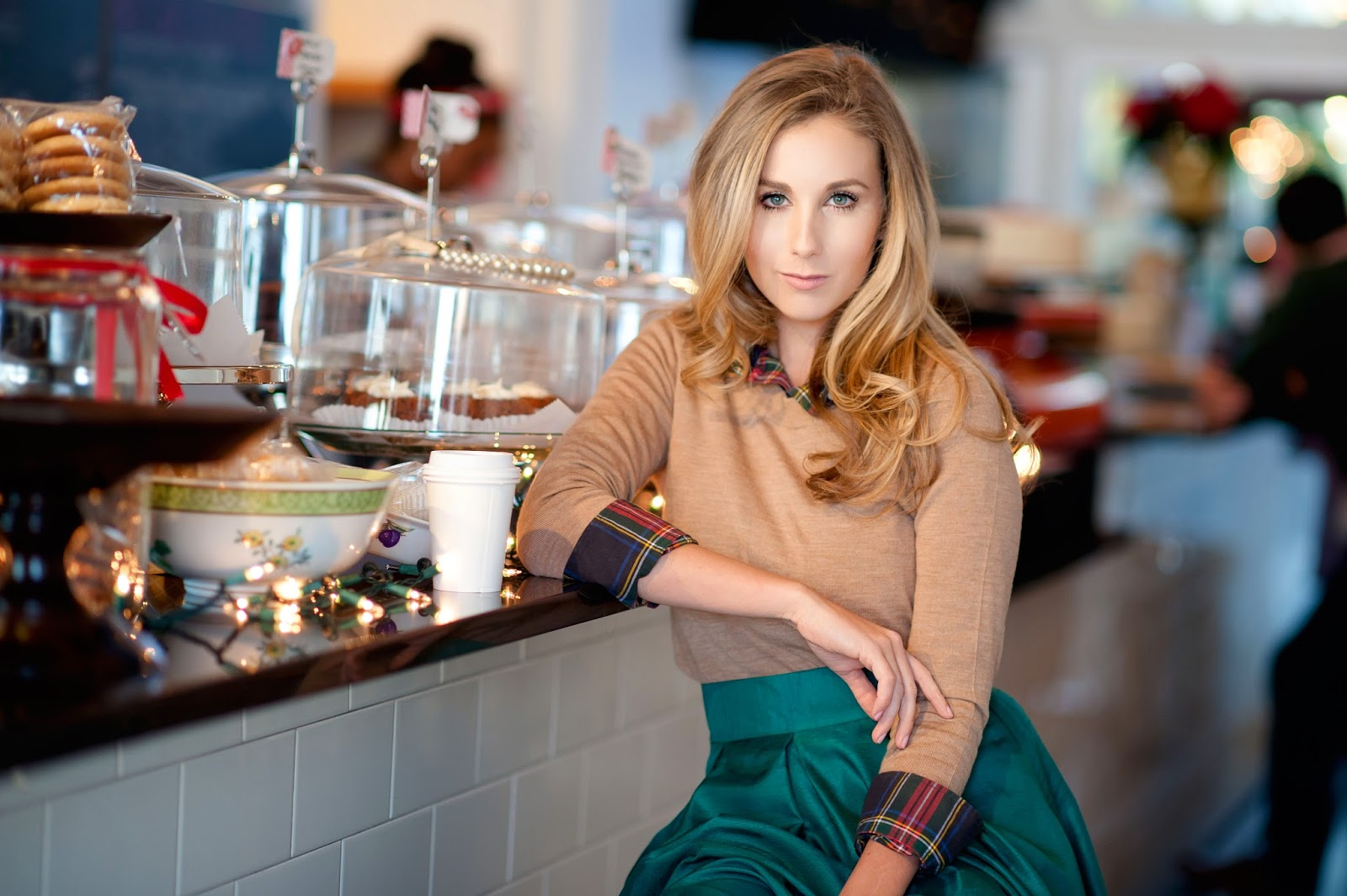 holiday-coffee-shop-picture-beige-cardigan-with-plaid-top