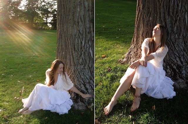 Mädchen im weißen Kleid in der Sonne