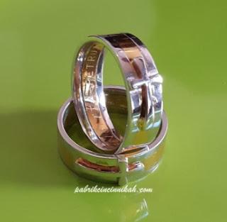 cincin kawin salib