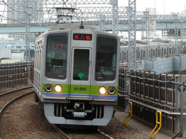 都営新宿線 各停 本八幡行き3 10-000形270F 280F