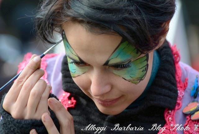 Truccarsi da soli il viso a carnevale
