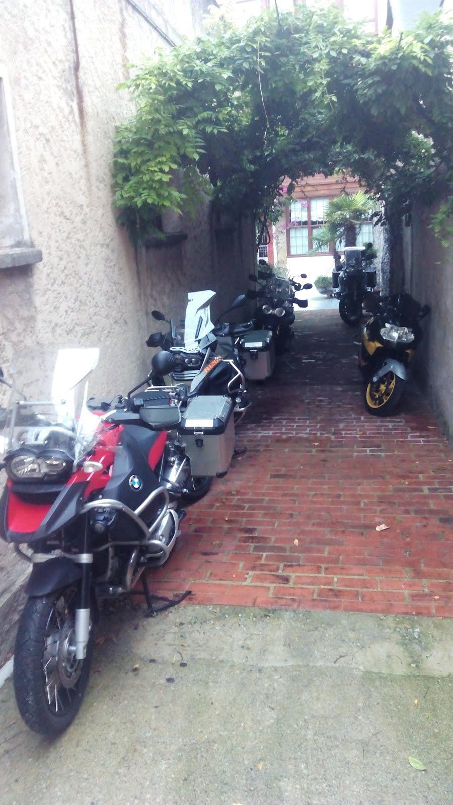 Parking motos free