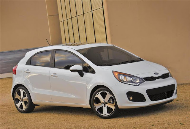 2013 KIA Rio / Rio5 Owners Manual Pdf