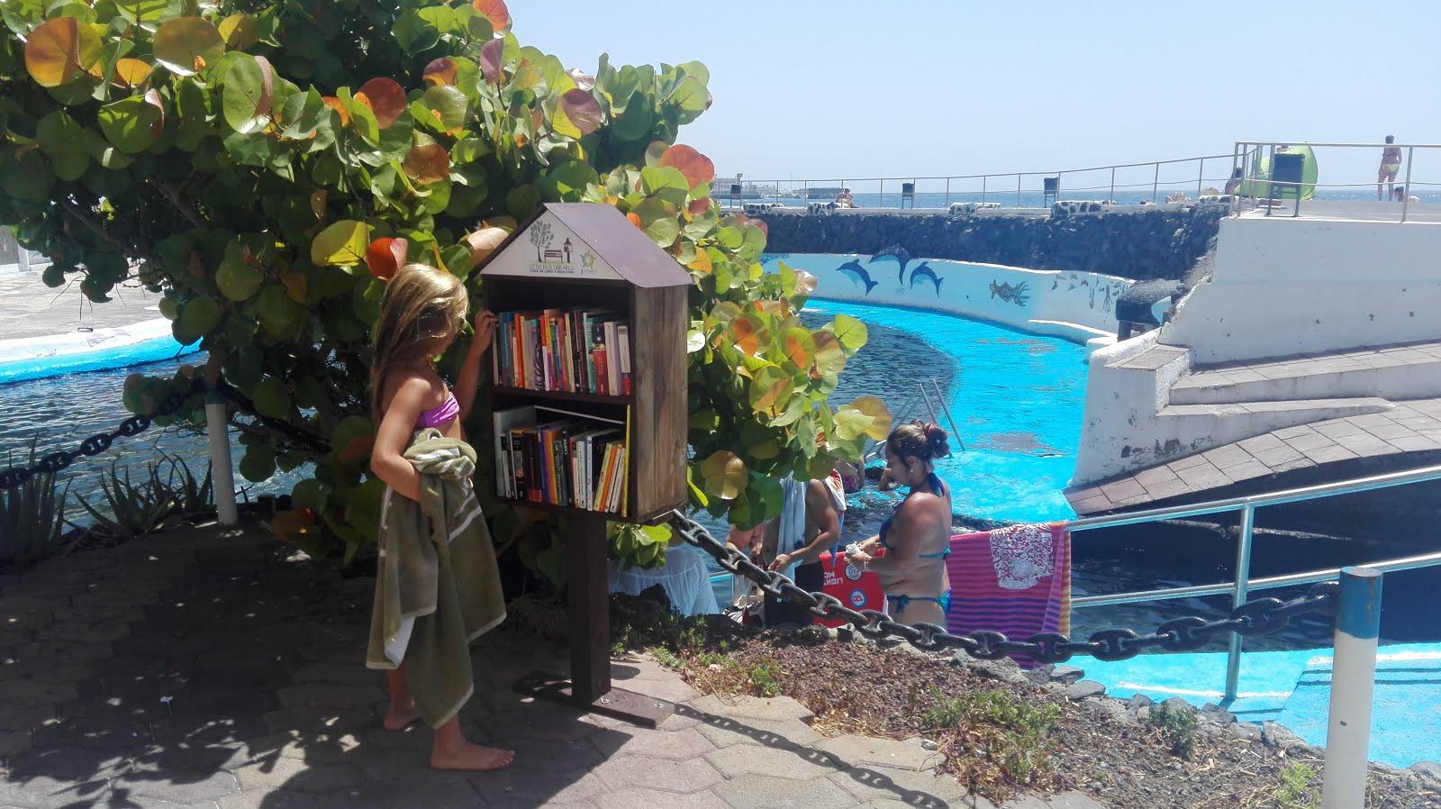 Minibibliotecas en las playas de Tabaiba y Radazul