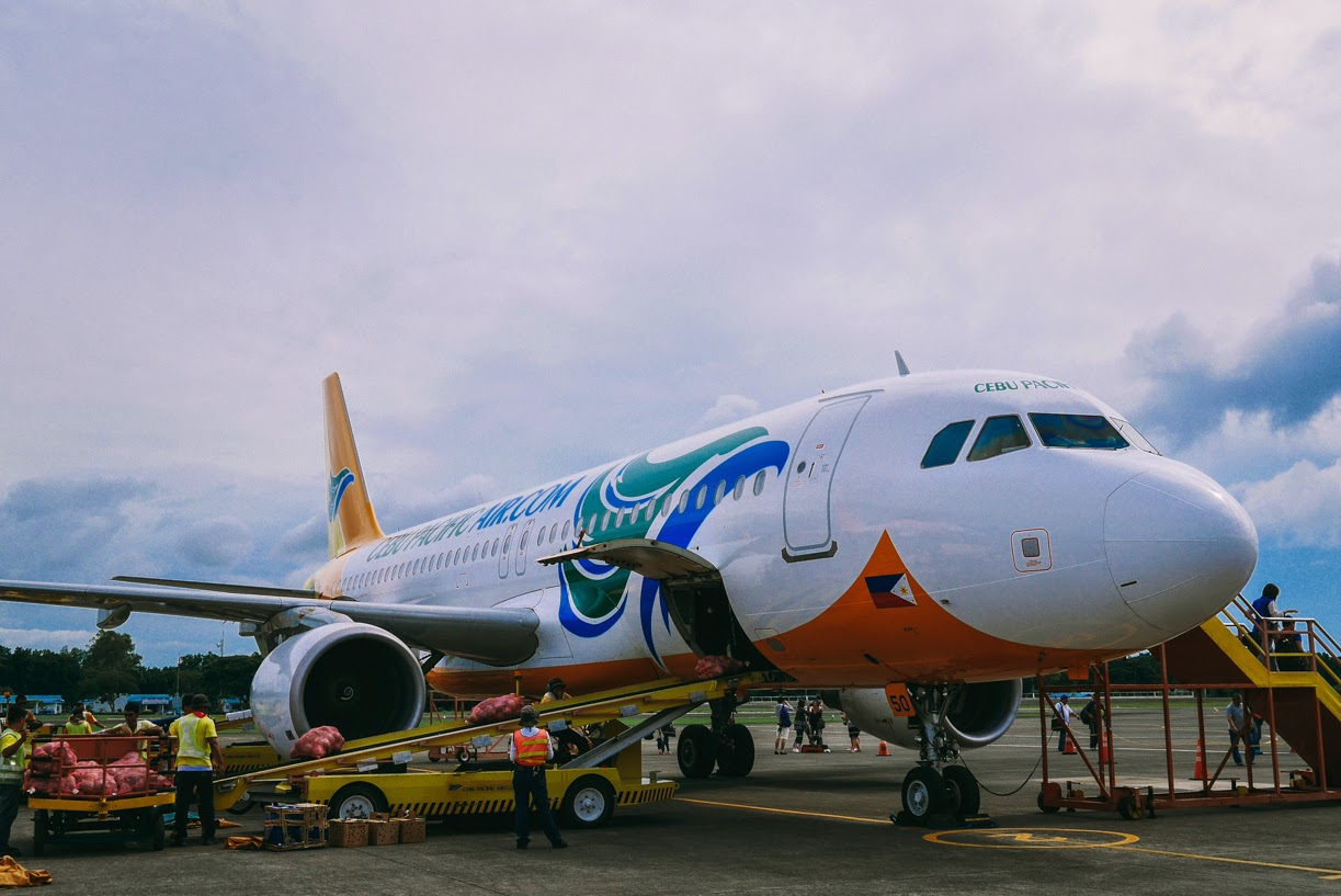 """cebu pacific It's time every juan flies"""" cebu pacific is inviting every filipino to fly to his/her  dream destination through their low fare rates cebu pacific boasts."""