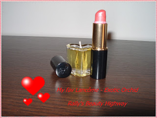 Lipstick, beauty tag