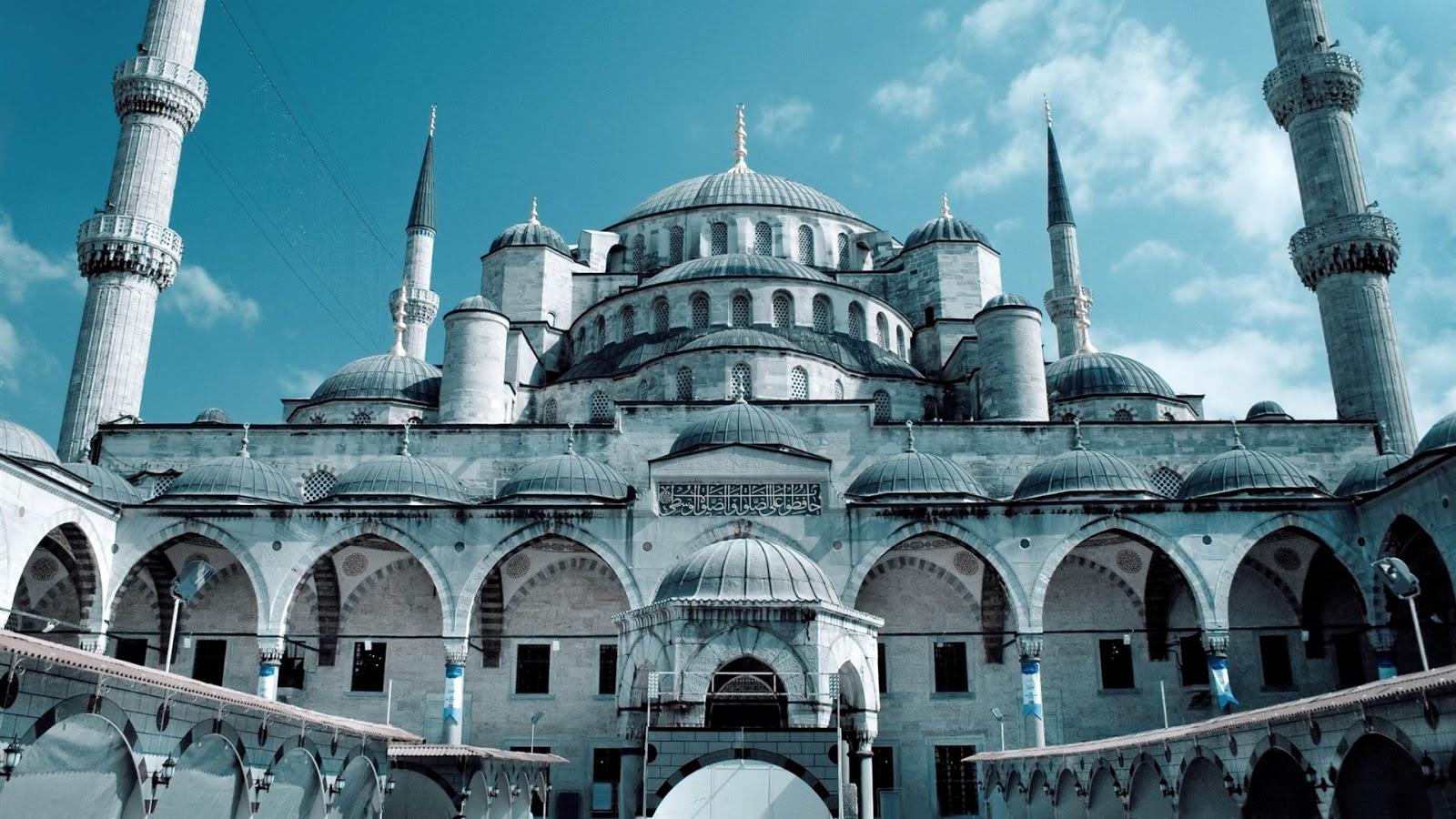 http://1.bp.blogspot.com/-B0IU_-wi3HM/UV6fer4j8iI/AAAAAAAACmo/gZJMIoVtuR8/s1600/hagia_sophia_mosque_istanbul-travel_landscape_Desktop_Wallpapers_1920x1080.jpg
