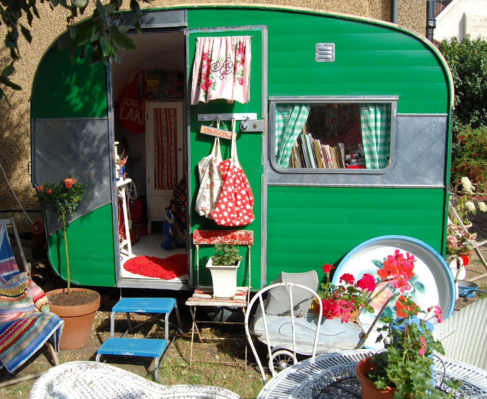 Share Your Vintage Caravan Makeover Happy Loves Rosie