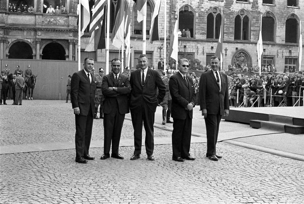 Agents Gerald Blaine, Sam Sulliman, Paul Burns, Chief James Rowley, and Roy Kellerman. Germany 6/25