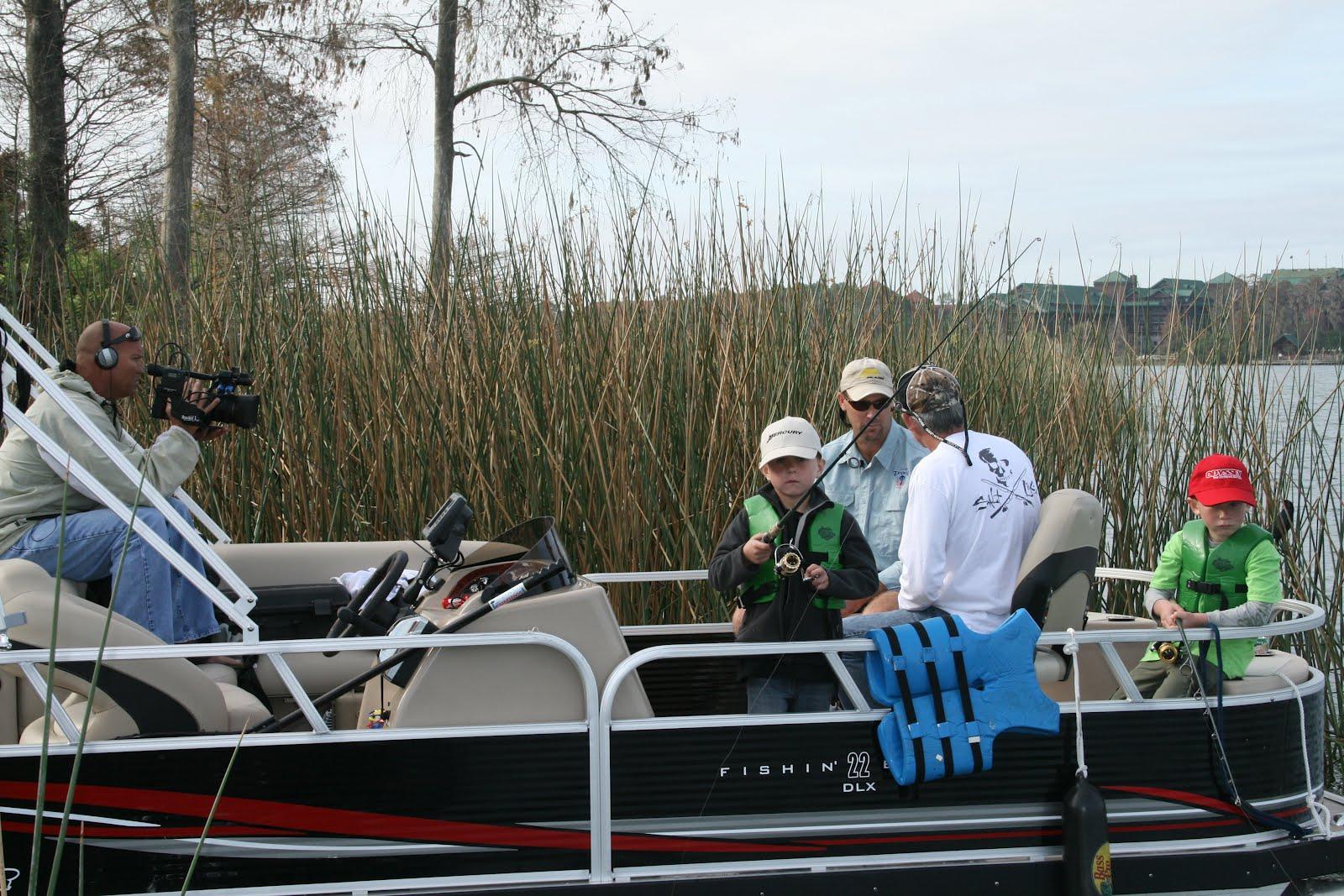 Salt life blog disney bass fishing for Bass fishing disney world
