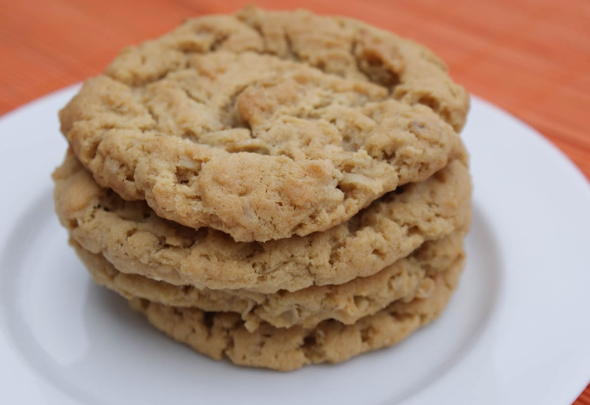 ... Bit of Everything: Cookie Carnival - Chewy Peanut Butter Cookies